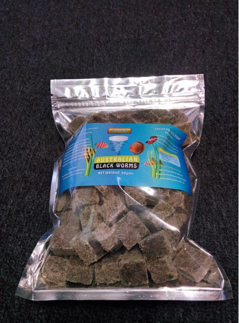 Australian Black Worms 200g Cubes - Freeze Dried WITH SPINACH
